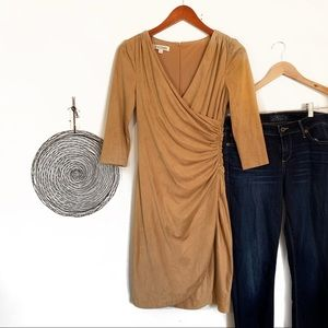 Kay unger dress woman's size 2, tan suede like